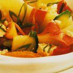 Salata cu pepene, feta si portocale